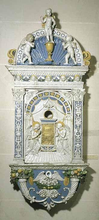 Bottega des della ROBBIA début du XVIe siècle  Tabernacle eucharistique  Terre cuite émaillée H. : 1,60 m. ; L. : 0,65 m. LOUVRE