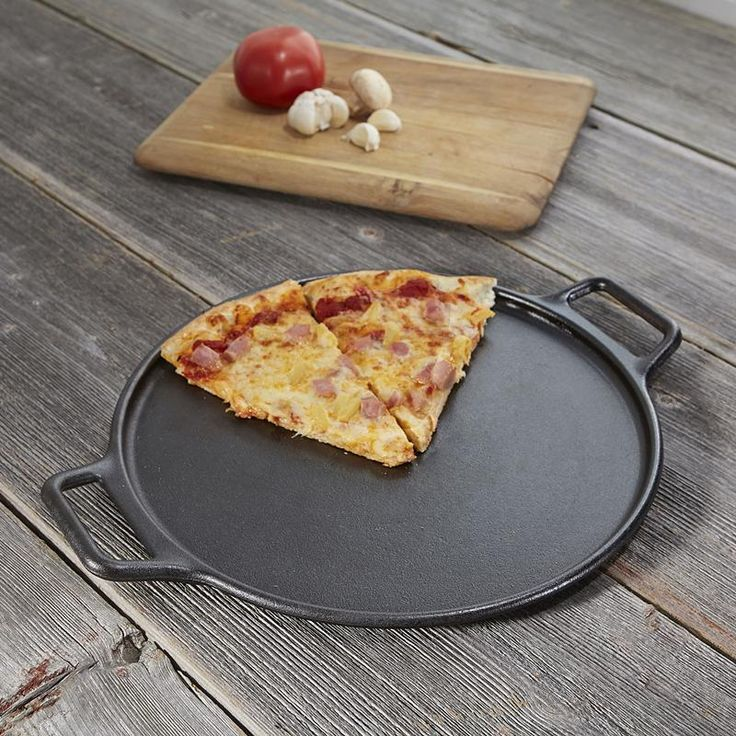 The original green cookware, Lodge is the only cast iron cookware manufactured in North America. Lodge cast iron cookware is 100% chemical free. No paints or toxins are used - only Kosher certified soy vegetable oil.  The Lodge Pizza/Roasting Pan is a magnificent piece of cast iron and is the best way to prepare golden-crusted pizza, or roast veggies. Perfect for cookie or biscuit sheet. Pizza recipes included.