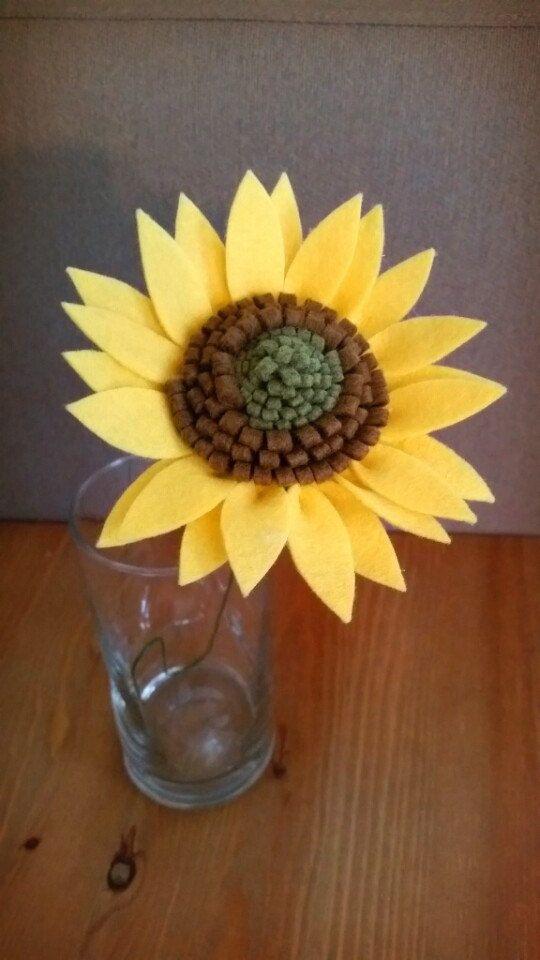 Single Stem Felt Sunflower / Hamdmade by Kristaroma on Etsy