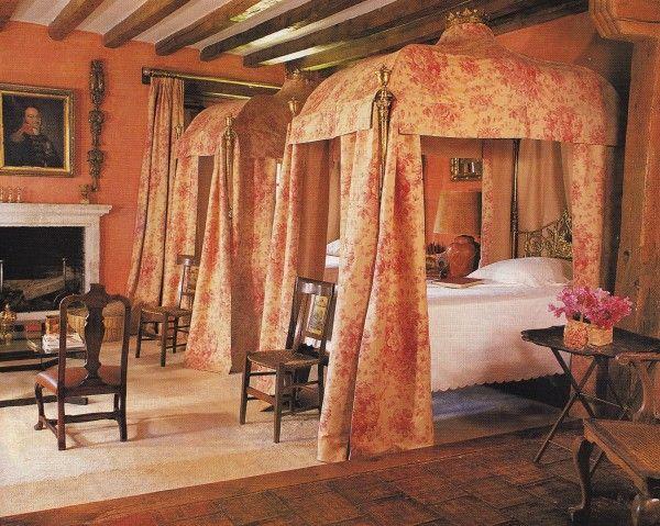 Paco Muñoz-Pedraza Country House-Spain-HG July 1992-Amparo Garrido