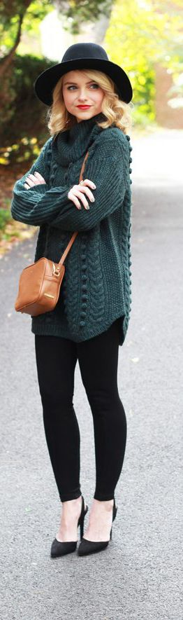 How To Style Black Leggings With An Oversized Tunic Sweater - Poor Little It Girl - Petite Style