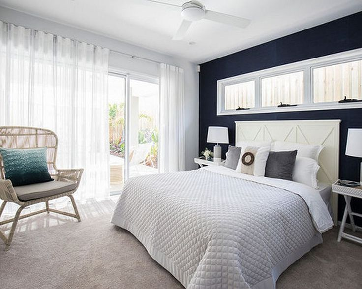 25 best ideas about navy white bedrooms on pinterest blue white bedrooms white bedding decor. Black Bedroom Furniture Sets. Home Design Ideas