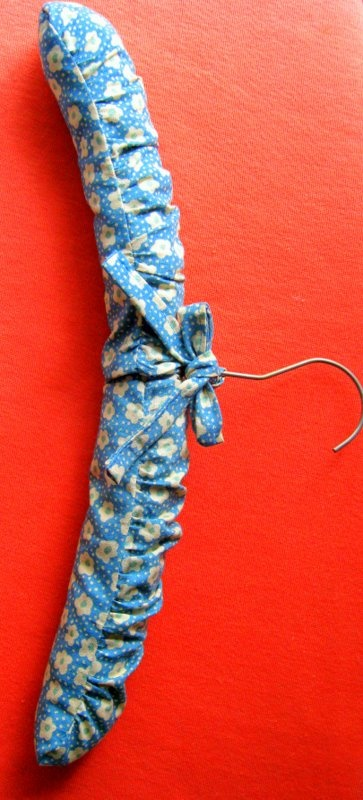 DIY padded hangers