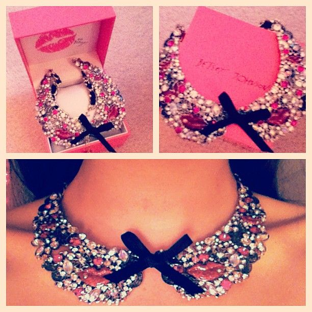 Betsey Johnson Film Noir Crystal Black Ribboned and Antiqued Gold Toned Pink Lips Collar Necklace. JUST GOT THIS BEAUTY!