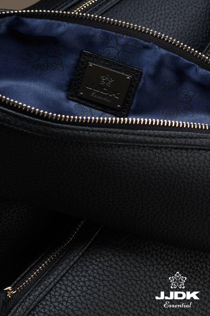 Bernadette Cosmetic bag I JJDK Essential