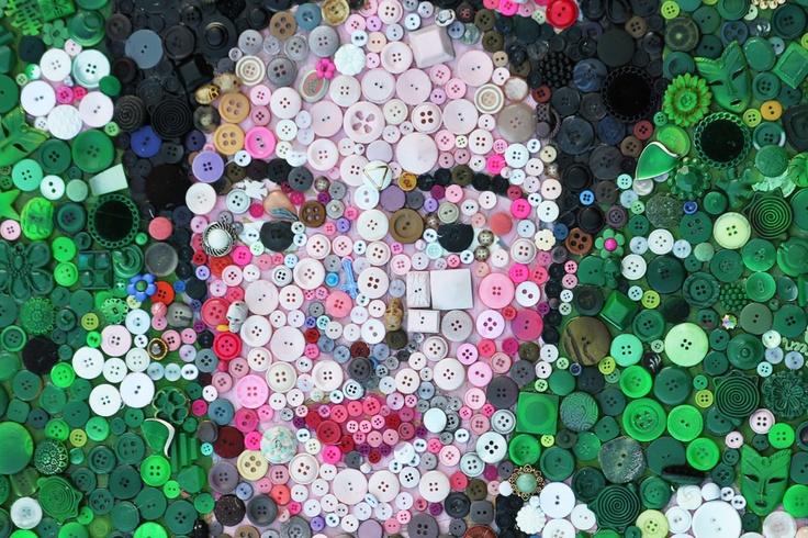 Frida Kahlo button mosaic  by Ashley Hackshaw  blogs.babble.com/the-new-home-ec