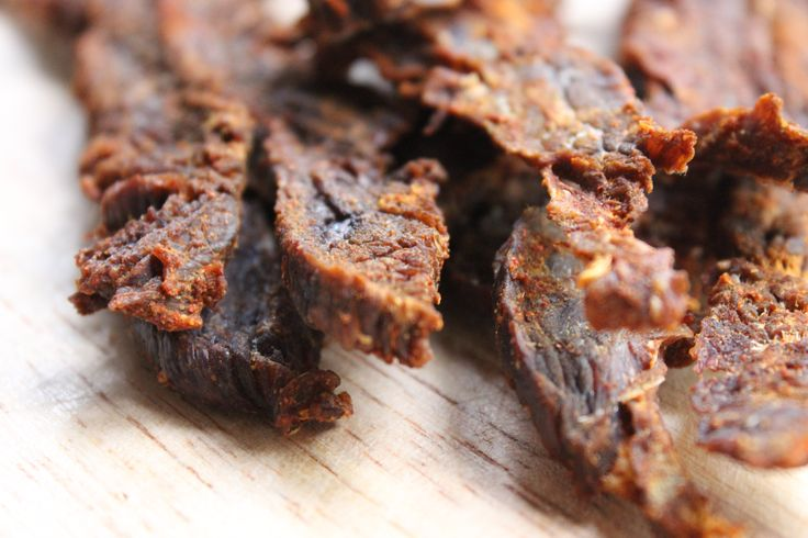 how to eat beef jerky