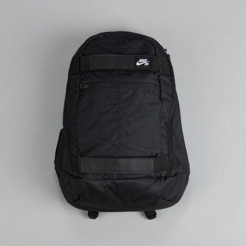 Nike SB Embarca Medium Backpack Black / White