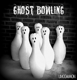 Ghost Bowling: A Halloween Party GameGhosts Bowls, Bowls Games, Halloween Party Games, Halloween Games, Parties Ideas, Halloween Parties Games, Diy Ghosts, Halloween Ideas, Bowls Pin