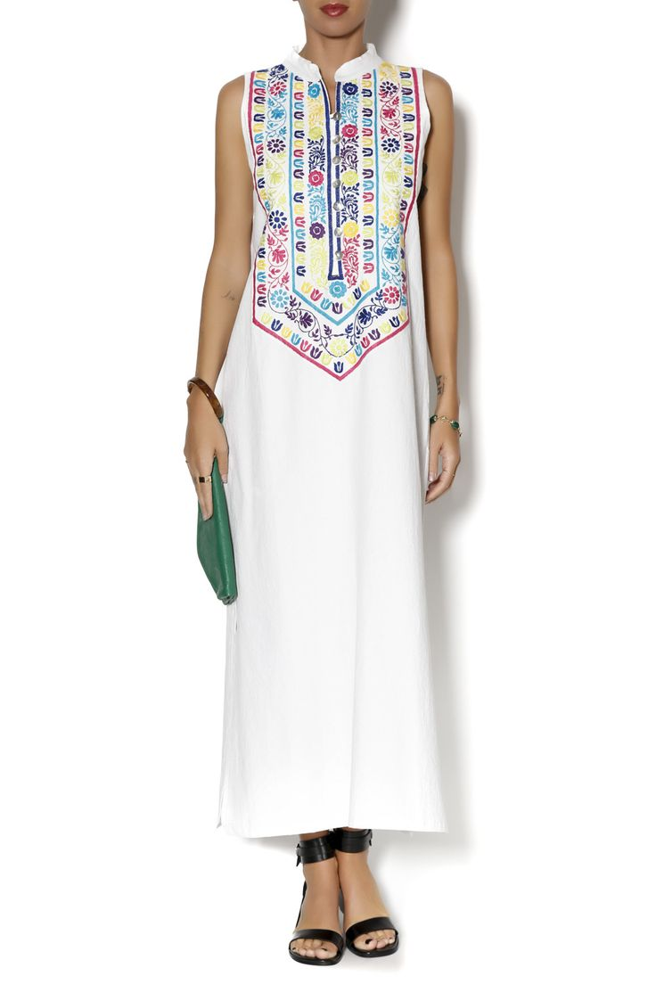 Best 20+ Mexican Embroidered Dress ideas on Pinterest ...