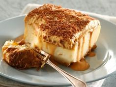 caramel milktart - my husband wants me to make this for him. A twist on our traditional milktart (huisgenoot wenresepte)