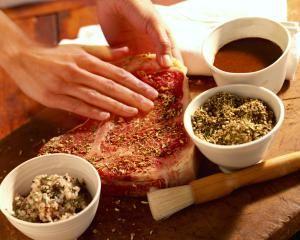 How to Make a Rub: Go to Steak Rub