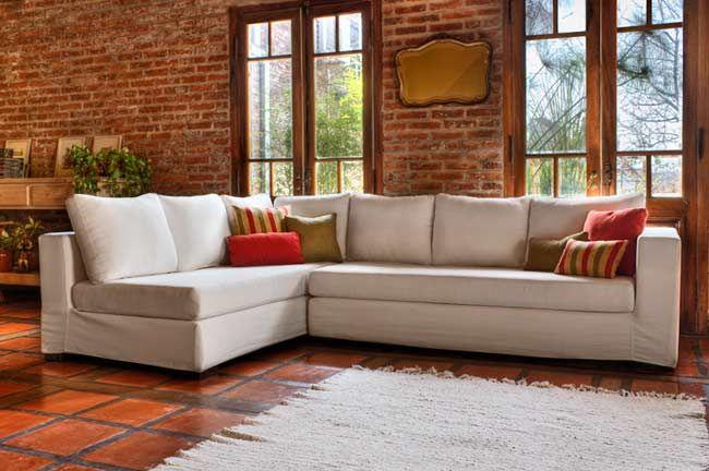 Optar por un sof esquinero a veces se transforma en la for Sofa esquinero grande