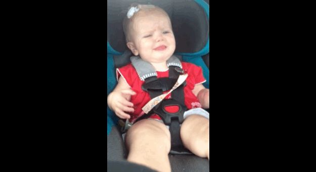 """Watch This Adorable Baby Girl Freak Out When Katy Perry's """"Dark Horse"""" Comes On The Radio"""