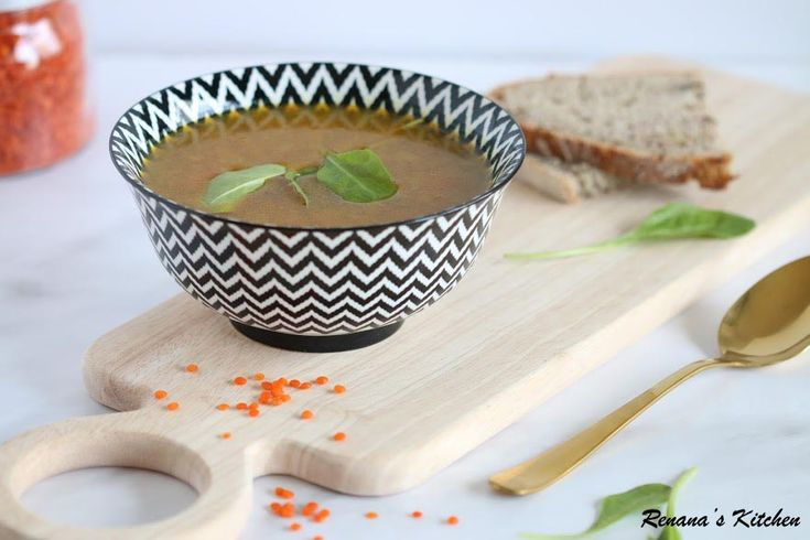 Need some soup ASAP? In just 40 minutes, you can prepare this soup and warm up  instantly. Give it a try!  #Renana'sKitchen #kitchen #recipe #blog #soup #lentilsoup #vegan