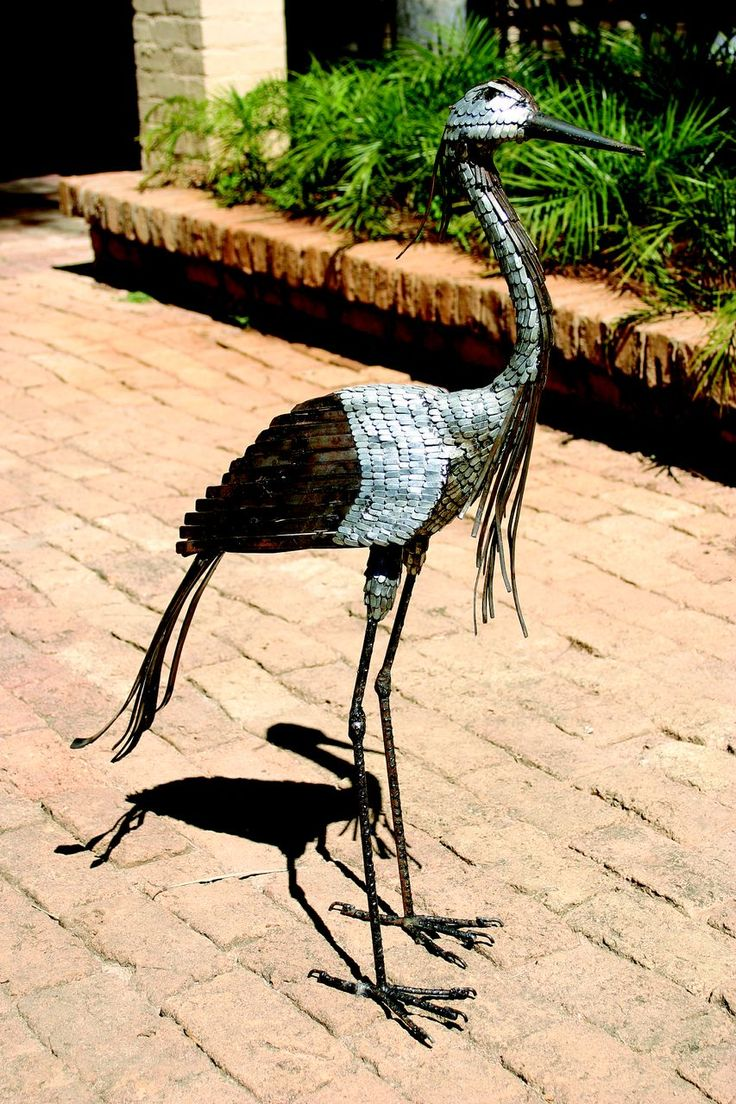 Demoiselle Crane metal bird sculpture