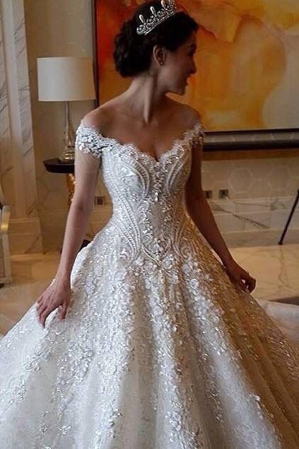 Michael cinco wedding dress