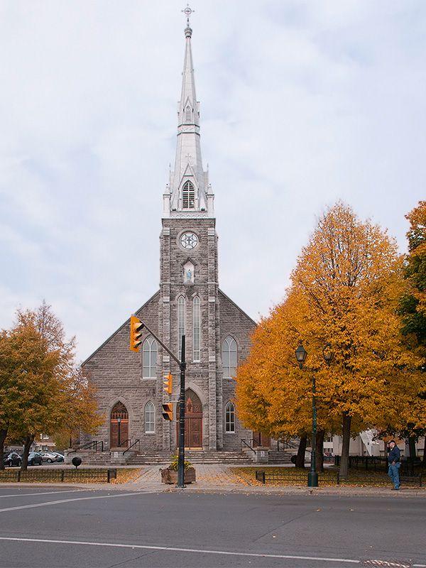 Eglise de la Nativité Church - Cornwall, Ontario