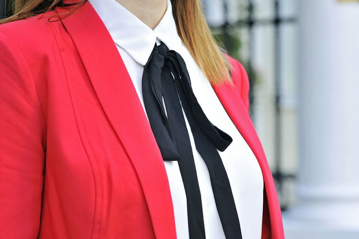 bow-tie-blouse #bowtieblouse #bow #tie #bowtie #blouse #blackbow #black