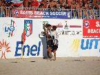 Beach Soccer - FINALI: abbraccio tra Gori e Di Palma (Viareggio)