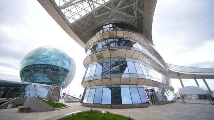 Blick auf das Gelände derExpo 2017 in Astana, Kasachstan. (imago /Xinhua)