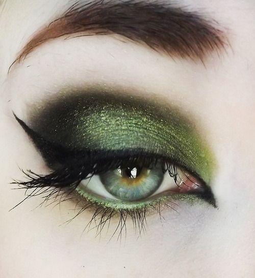 Pretty green eyeshadow with winged eyeliner!