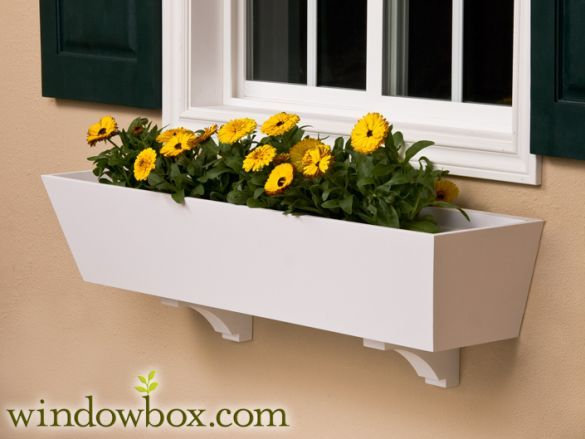 17 best images about exterior home ideas on pinterest for Tapered planter box plans