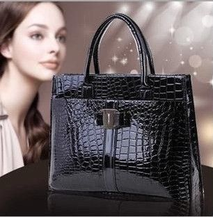 Fashion PU leather Retro Pack Handbags Women Alligator Clutch Bag Messenger Shoulder Bags Women