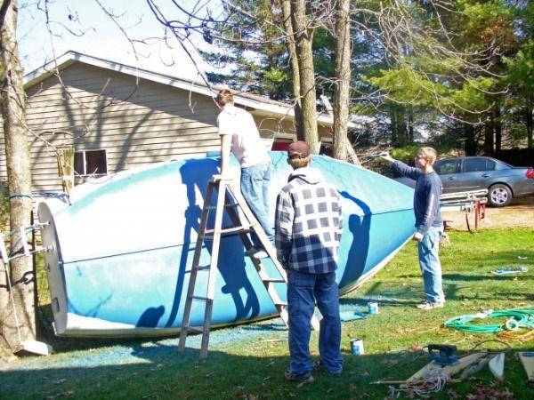Painting bottom - O'day Mariner Sailboat Restoration