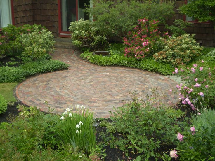 small brick patio circular - Brick Stone Patio Designs