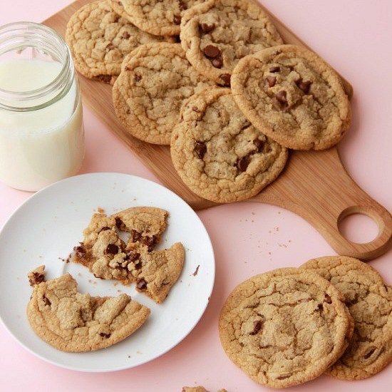 Learn chocolate chip cookie science so you can create your perfect cookie! Learn how to make recipe substitutions to make cookies the way you like them! Chewy or crispy or cakey or soft or thick…