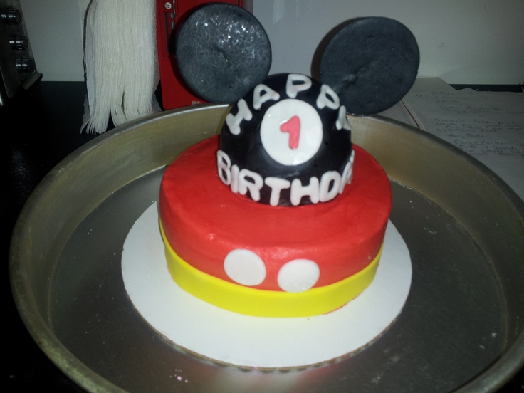 Mickey Mouse Smash Cake: Mickey Mouse Smash Cake Ideas And Designs