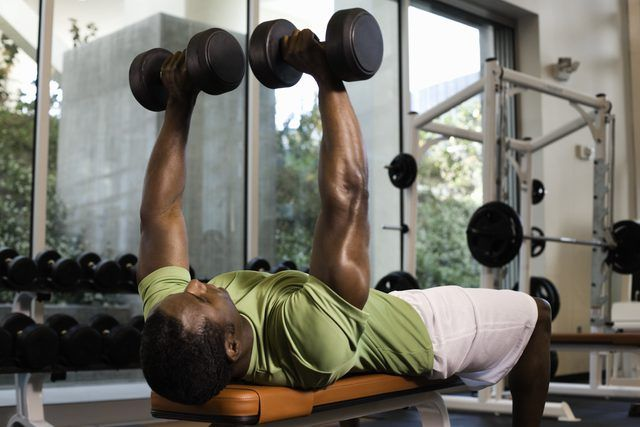 Three to six sets best promotes muscle hypertrophy.