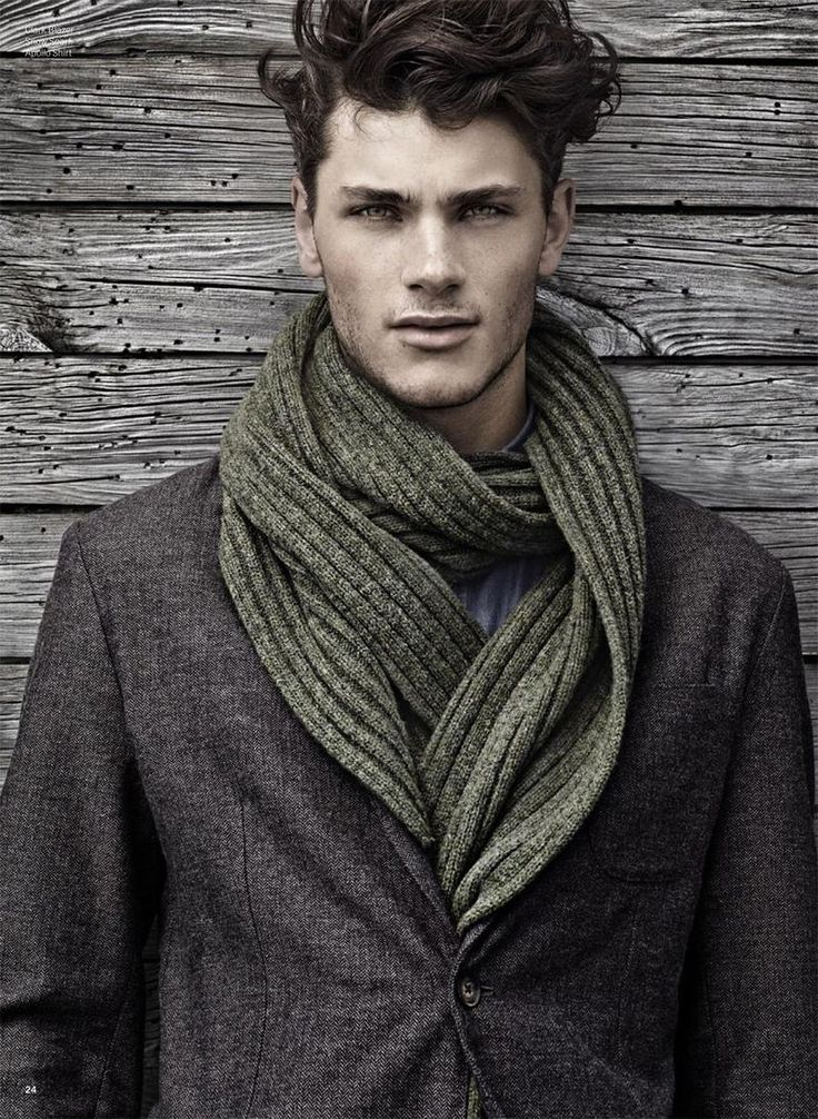 How to pull off a really long scarf.Ties Scarves, Scarf Style, Men Cut, Menfashion, Knits Scarves, Men Fashion, Winter Fashion, Man Style, Men Hairstyles