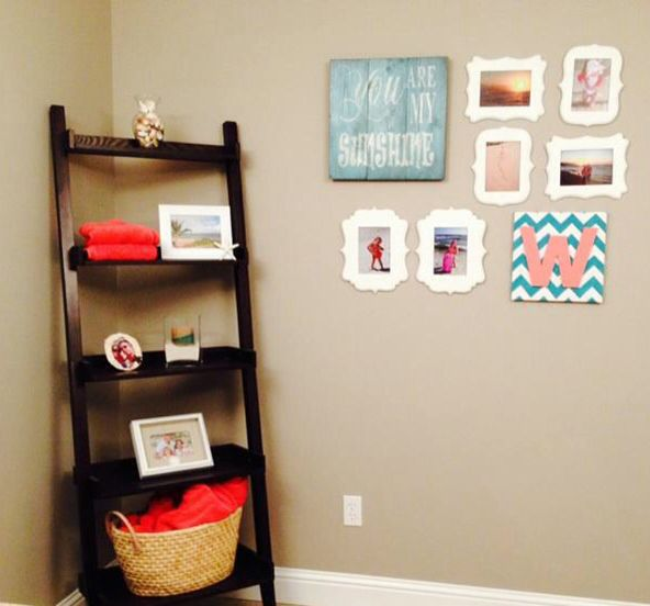 Coral And Turquoise Kids Bathroom. Beach Theme. Family Beach Photo Wall  Gallery. Coral