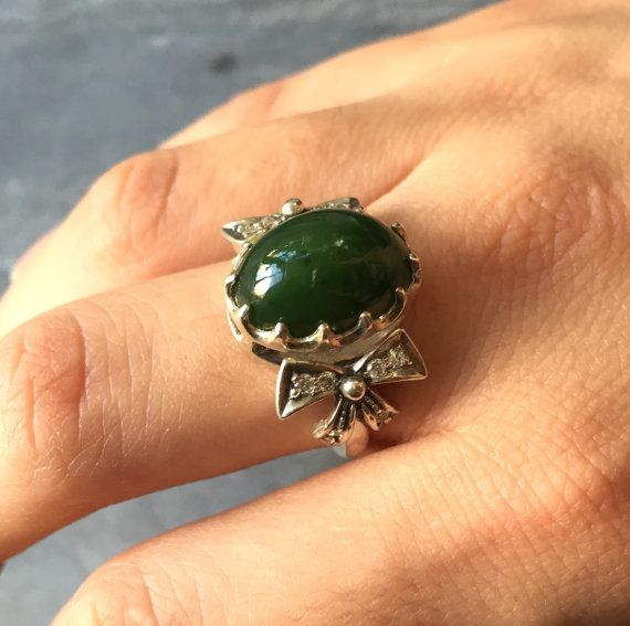 Jade Ring, Natural Jade, August Birthstone, Ribbon Ring, Green Jade Ring, Genuine Jade, Vintage Rings, Jade, Antique Jade, Solid Silver Ring
