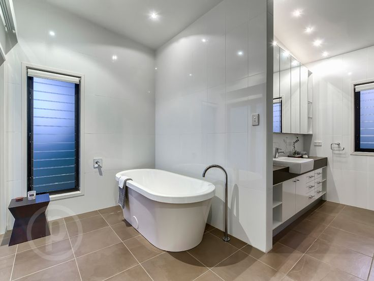 44 Howard Street, PADDINGTON // Mario Sultana  #bathroom #bathroominspiration #homeinspiration #neutral #tiles #sink #home #homedecor #brisbane #queensland #realestate #inspiration #homedecorate #realestate #realtor #brisbanerealestate #decorator #interiordesign #modern #crisp #light #open #space
