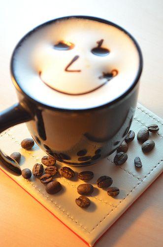 Early Smile Coffee Art #Coffee #Latte #BuffaloBucksCoffee