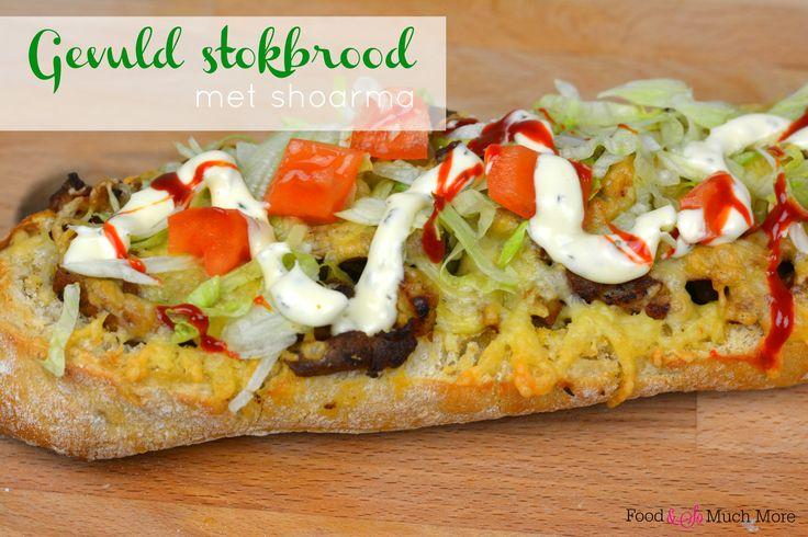 Een heerlijk gevuld stokbrood met shoarma. Voor bij een soepje, als lunch of als lekkere snack in het weekend!