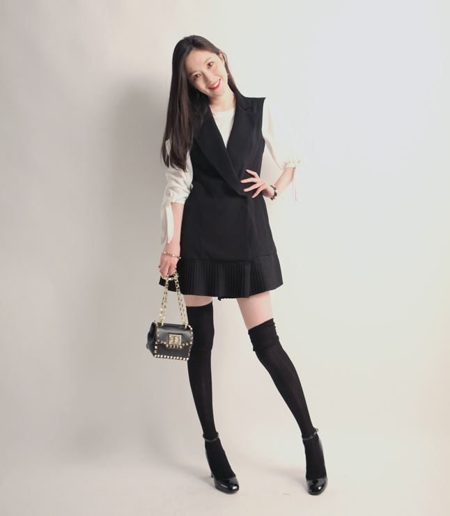 Korea feminine clothing Store [SOIR]  Wrinkles Vest One Piece / Size : Free / Price : 97.49USD #korea #fashion #style #fashionshop #soir #feminine #special #lovely #luxury #onepiece #black