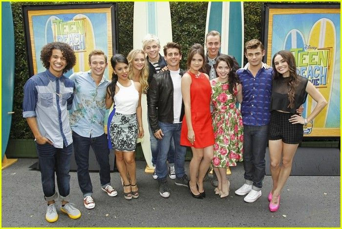 The cast of Teen Beach movie! I love my cast