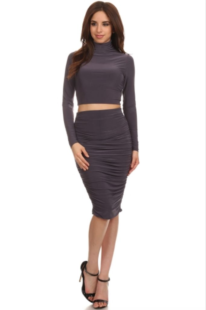 Eye Candy Set Crop Top and Midi in Olive