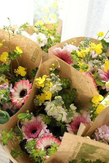 ■Flower noteのこと■ ■ フラワーギフトのご注文方法■ ■Flower noteの作品集■ ■小さなお花の教室 」■ ■現在募集中のレッスン■ …