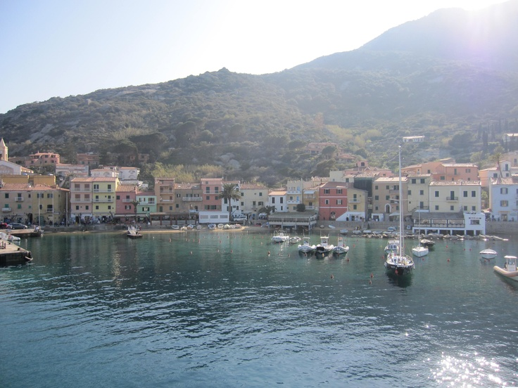 The small harbour of Giglio Island in the Spring sun, #maremma, #tuscany, #italy