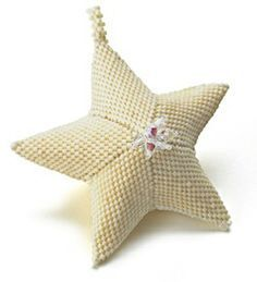 A Star is BornFree Pattern from Bead & Button website.'Cause FREE is awesome!