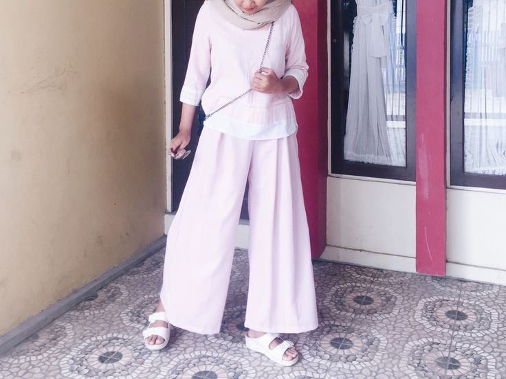 Casual cullote pink hijab ootd