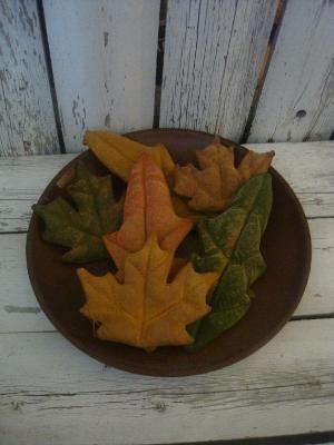 Primitive Fall Leaves Tucks/ Bowl Fillers/ Ornies by antonia