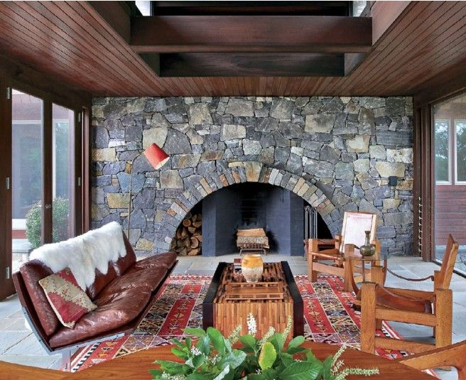 North by Northwest: DLB Rugs in Luxe Magazine, Hitchcock-inspired home