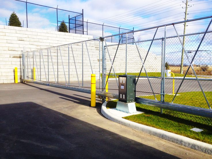 Chain Link Industrial Slide Gate #ChainLink #AutomatedGates #SlideGate #Industrial