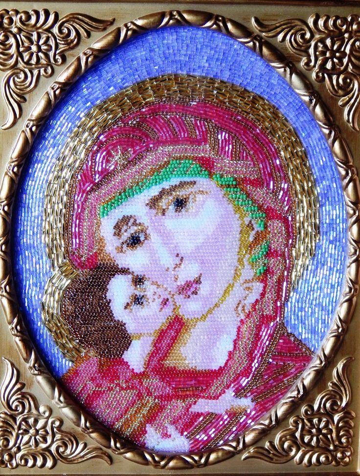 Матерь Божия с младенцем Иисусом Христом.